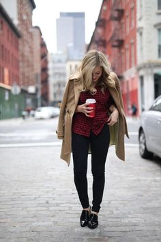 Winter Street Style flannel shirt and black jeans camel coat outfit