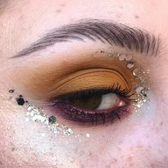 "843 Likes, 15 Comments - Gabrielle Alvarez (@midnight_weirdo) on Instagram: ""✨Twinkle Twinkle Big Star✨ PRODUCTS USED: @anastasiabeverlyhills Soft Ochre @limecrimemakeup…"""