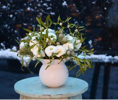 A lovely way to incorporate mistletoe into a display-