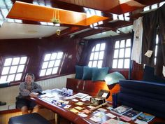 Hawaiian Chieftain's great cabin. #sailing #boats #travel http://historicalseaport.org/