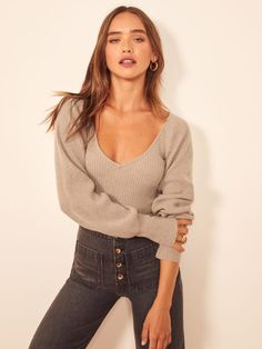 Hope you're ready to get cozy. This is a slim fitting, hip length sweater with a slight v neckline, full sleeves and ribbed cuffs. The Hart pairs well with the Fawcett Jean. Cashmere Fabric, Cashmere Sweaters, Women's Sweaters, Athletic Hairstyles, Look Chic, Winter Sweaters, Cardigans For Women, Everyday Fashion, Autumn Fashion