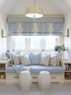 Cléa Vitória - Home sweet home Love this window seat for my sewing room. Interior Exterior, Interior Design, Interior Decorating, Decorating Ideas, Decor Ideas, Deco Champetre, Living Spaces, Living Room, White Decor