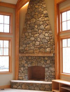New England Fieldstone Round Building Veneer- small fireplace