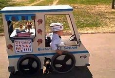 This kids parents are great made a Halloween costume around his weelchair