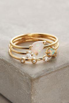 Jewelry Bohemian Jewelry gifts that are way better than diamonds - Who needs a diamond anyway? Cute Jewelry, Jewelry Gifts, Jewelry Box, Jewelry Accessories, Gemstone Jewelry, Birthstone Jewelry, Cheap Jewelry, Handmade Jewelry, Jewelry Ideas