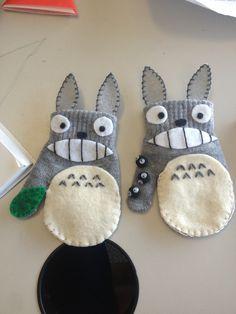 Totoro mittens!!