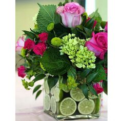 Bouquet is usually given as a gift mark for someone they love. Starting from fiance, birthday to wedding ceremony. Bouquet is usually made of the arrangement of several types of beautiful flowers s… Fresh Flowers, Spring Flowers, Beautiful Flowers, Flowers Vase, Flower Bouquets, Diy Flowers, Simply Beautiful, Flower Diy, Orchid Flowers