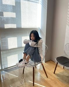 Girl Photo Poses, Girl Photos, Hwa Min, Ootd Poses, Ulzzang Korean Girl, Korean Street Fashion, Japanese Girl, Kpop Girls, My Idol