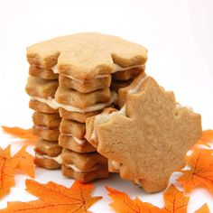 These maple cream cookies are flavorful, gorgeous, and easy to make. This maple cookie recipe is a hit at parties too. Maple leaf cookies are heavenly! Maple Cream Cookies Recipe, Maple Leaf Cookies, Cookies And Cream, Belgian Cookie Recipe, Filled Cookies, Biscuit Recipe, Cookie Desserts, Just Desserts, Cookie Recipes