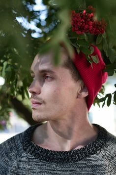 Summer Outfit for Men. Wool beanies for Men by VAI-KØ. Shop here!