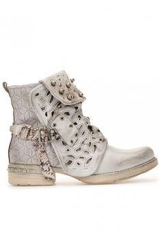 Boots revers à billes - gris - Stand Privé