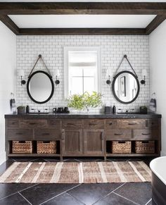 [New] The 10 Best Home Decor (with Pictures) - Happy We're loving this modern rustic bathroom design featuring dark countertops! What is your favorite detail from this space? Photo: Change & Co. Bad Inspiration, Bathroom Inspiration, Bathroom Ideas, Rustic Bathroom Designs, Rustic Bathrooms, Farm Style Bathroom Design, Farmhouse Bathroom Mirrors, Farmhouse Sinks, Kitchen Design