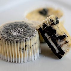 oreo cheese cake cup cakes?!  yes.