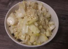 sałatka z rukoli i roszponki do obiadu: Przepisy, jak zrobić - Smaker.pl Potato Salad, Grains, Rice, Potatoes, Ethnic Recipes, Food, Potato, Essen, Meals