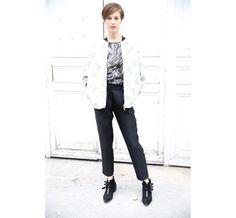 Elettra Wiedemann http://www.vogue.fr/defiles/street-looks/diaporama/street-looks-a-la-fashion-week-de-paris-jour-7-1/15502/image/864181#!12