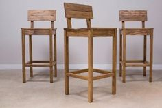 DIY Pallet Furniture Ideas - Tall Pallet Pub Chairs - Best Do It Yourself Projects Made With Wooden Pallets - Indoor and Outdoor, Bedroom, Living Room, Patio. Coffee Table, Couch, Dining Tables, Shelves, Racks and Benches http://diyjoy.com/diy-pallet-furniture-projects