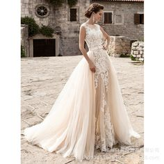 DETACHED COLLAR MERMAID WEDDING DRESS  DRESS CAME WITH VEIL  FABRICS  LACE APPLIQUES ENGLISH NET SATIN MESH FISH BONE  DELIVERY IS 15 TO 20 WORKING DAYS