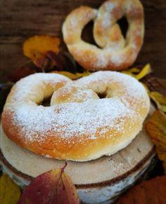 Weiche Dinkel-Zuckerbrezel :: Bella-cooks-and-travels Weiche Dinkel-Zuckerbrezel :: Bella-cooks-and-travels Krups Prep&cook, Bagel, Doughnut, Sushi, Favorite Recipes, Bread, Cooking, Brownies, White Bread