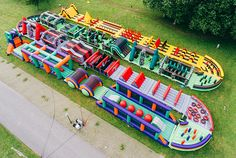 Introducing The Beast, a Inflatable Obstacle Course for Adults (Cool Pools Bucket Lists) Toddler Obstacle Course, Inflatable Obstacle Course, Backyard Obstacle Course, Obstacle Course Party, Bouncy House, Bouncy Castle, Course À Obstacles, Structures Gonflables, Field Day Games