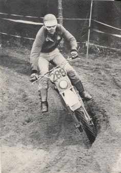 Photo - #288 Stodulka of the Czech Trophy team ISDT 1978