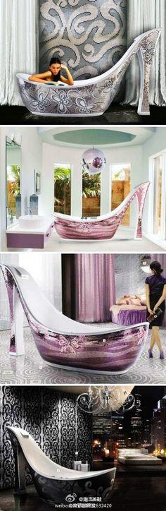 高跟鞋浴缸,想拥有一间这样的房间吗? Bathtub <3