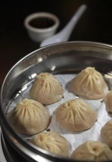 Good service, superb dumplings at Szechuan's Dumpling in Arlington Heights.
