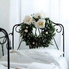 Une couronne de branches d'olivier - Marie Claire Idées