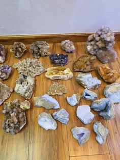 Stuffed Mushrooms, Vegetables, Crystals, Food, Stuff Mushrooms, Essen, Vegetable Recipes, Crystal, Meals