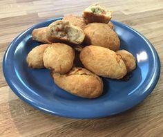 Μπουρεκάκια καλοκαιρινά της Αργυρώς  Συνταγή Argiro.gr Muffin, Potatoes, Vegetables, Breakfast, Recipes, Food, Party, People, Essen