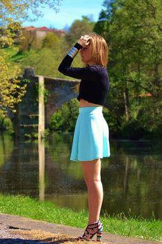 8 mejores imágenes de faldas con crop top 632f18a75a18