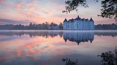 Webshots - Glucksburg Castle at Dawn, Germany