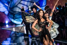 The Victoria's Secret 2015 Fashion Show airs on CBS Tuesday, December 8 at 10/9 central! 3 sets of Fancy Fairy wings make an appearance…