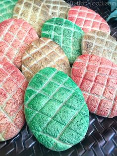 "The mother of dragons would like these cookies. These tasty Game of Throne inspired ""Dragon Egg"""" cookies are a perf treat to make for a Game of Thrones marathon watch party!"