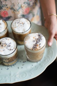 GIN lavender and gin lattes, perfect for brunch | The Effortless Chic
