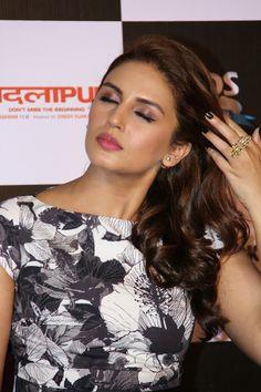 Huma Qureshi and Radhika Apte Looks Smoking Hot At 'Badlapur' Trailer Launch In Mumbai