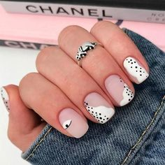 by Lion Nails Chic Nails, Stylish Nails, Trendy Nails, Swag Nails, Grunge Nails, Subtle Nails, Funky Nails, Funky Nail Art, Matte Acrylic Nails