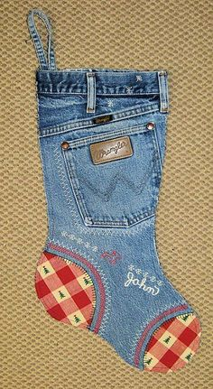 20 Christmas Stocking Patterns | Hidden Treasure Crafts and Quilting