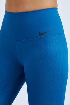 Nike Zonal Stripe Capri | Bandier