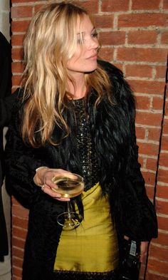 Kate Moss holding a drink // Vogue's 90th Anniversary Party, 2006