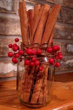 30 Handmade Christmas Decorations with Cinnamon Sticks Adding Seasonal Aroma to Green Holiday Decor Christmas Tree Decorating Tips, Handmade Christmas Decorations, Handmade Home Decor, Tree Decorations, Holiday Crafts, Holiday Decor, Simple Christmas, Christmas Diy, Navidad Natural