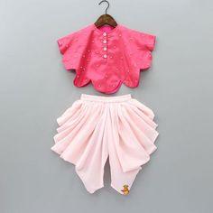 Indian Wear, Ethnic Wear for Girls Girls Frock Design, Kids Frocks Design, Baby Frocks Designs, Baby Dress Design, Baby Girl Party Dresses, Dresses Kids Girl, Girl Outfits, Kids Dress Wear, Kids Gown