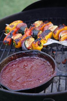 Homemade Plum BBQ Sauce Recipe - Easy, sweet and just a little spicy it's perfect for pulled pork, chicken, a rack of ribs, shrimp or your favorite kabob! Fruit Recipes, Sauce Recipes, Plum Recipes Healthy, Milk Recipes, Delicious Recipes, Grilling Recipes, Cooking Recipes, Sauces, Tasty
