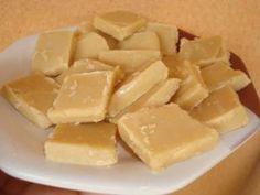 Camafeu de Nozes: o nome imponente esconde um doce muito simples de fazer. Faça e venda porque é sucesso garantido, seja vendido em unidades ou por cento p