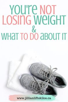Are you stuck in a weight loss rut? Are you trying to lose weight but it& not working? Try these 13 things to bust through your weight loss plateau. Weight Loss Chart, Weight Loss Soup, Weight Loss Meal Plan, Weight Loss Drinks, Healthy Weight Loss, Weight Lifting, Weight Training, Trying To Lose Weight, Losing Weight Tips