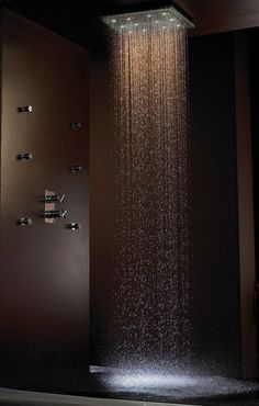 dream rain shower - I bet this feels WONDERFUL! I REALLY gotta win the Lotto so I can design my dream home! Dream Bathrooms, Beautiful Bathrooms, Chic Bathrooms, Style At Home, Future House, My House, Rainfall Shower, Rain Shower, Shower Time