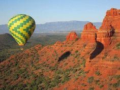Northern Lights Balloon Expeditions is Sedona's oldest and largest hot air balloon company, in business here since with an excellent safety record. In fact, they have the longest flying record of any balloon company in the state of Arizona. State Of Arizona, Sedona Arizona, Air Balloon Rides, Hot Air Balloon, Balloon Company, Great Vacations, Monument Valley, Places To Go, Northern Lights