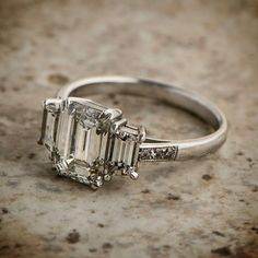 Reminds me of my mother's ring