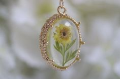 dried Pressed flowers crystal resin* pendent necklace