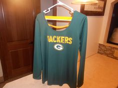 BRAND NWT NFL GREEN BAY PACKERS SHIRT WOMEN'S SIZE XL