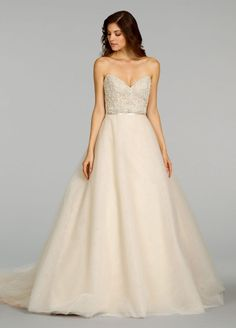 Alvina Valenta 9401, $1,500 Size: 10 | Sample Wedding Dresses